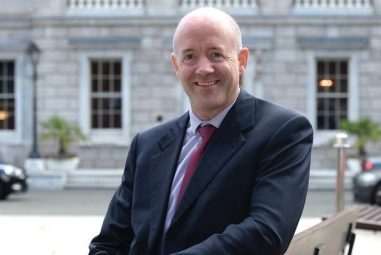 Cathal Berry TD is calling for Irish Rail Short Hop Zones to be extended to Newbridge and beyond